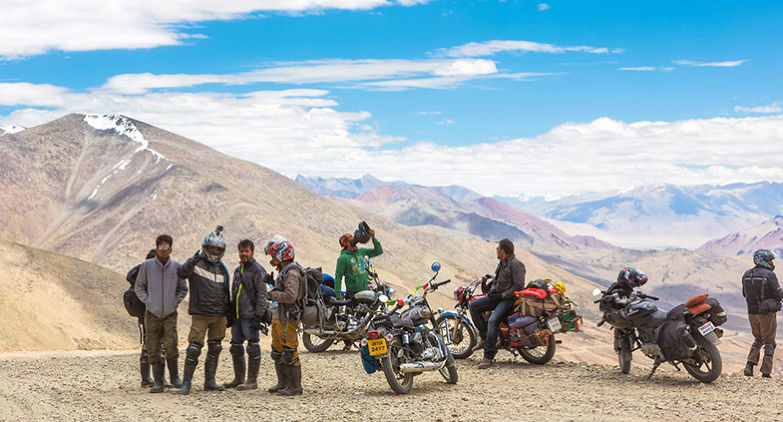 Leh Ladakh Group Tour- Best Trip With Friends