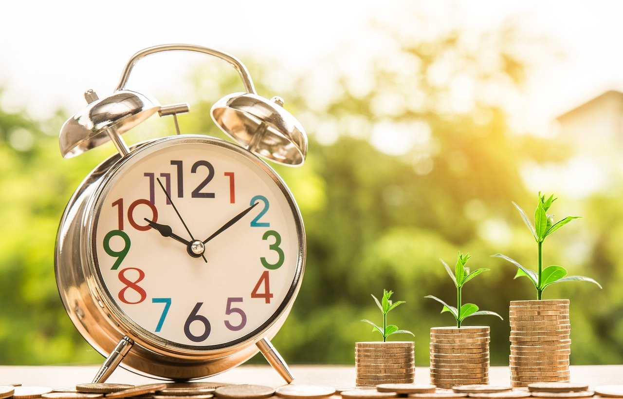 What is Difference Between Recurring Deposit vs Fixed Deposit