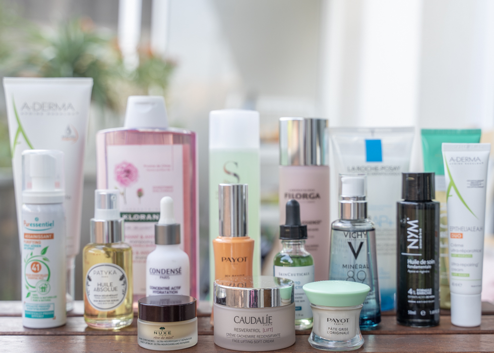 Essential Guide To Buying Cosmetics: A Sensible Shopping