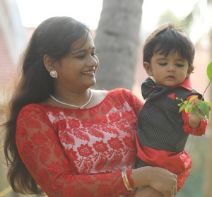 """""""To be a better mom or to be a successful mompreneur?"""" – Amala, Founder of KIDZBUY- Books for kids India"""